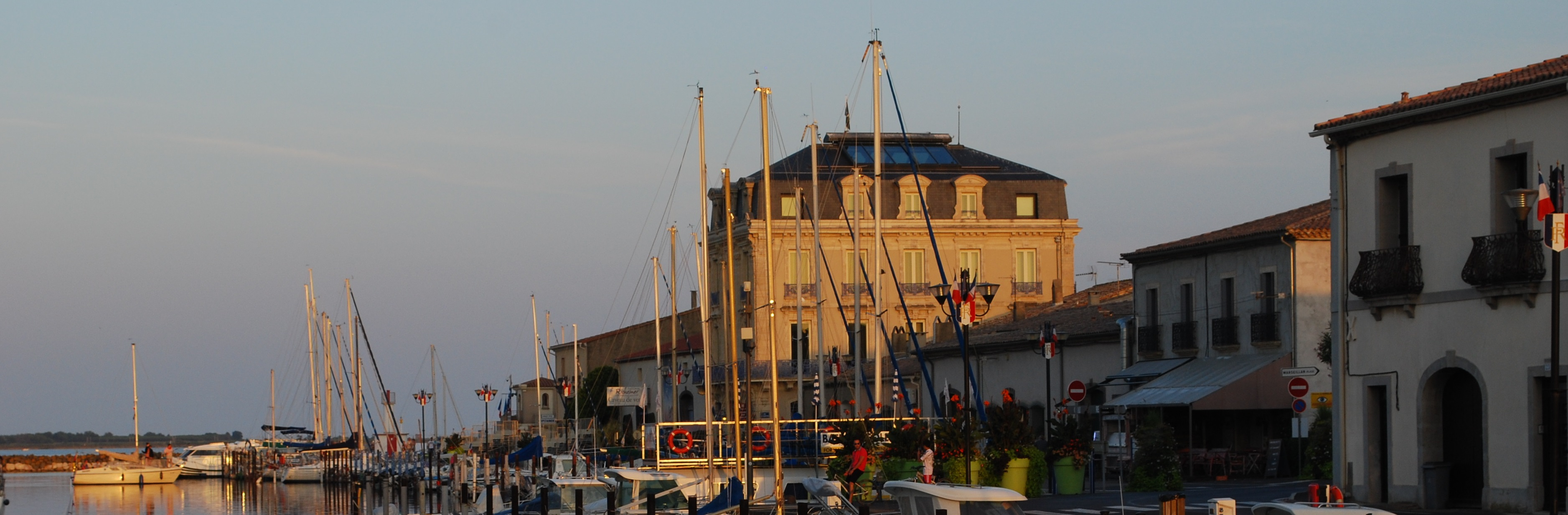 Photo of Marseillan Port